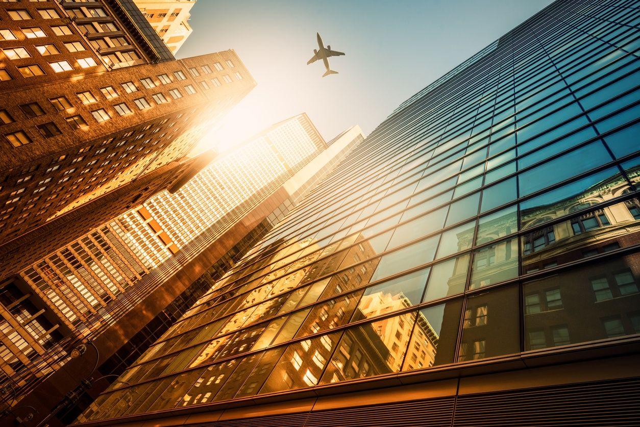 俯瞰曼哈顿的摩天大楼