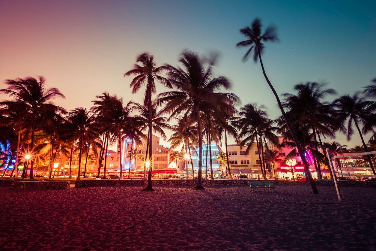 夜生活在迈阿密南海滩的形象